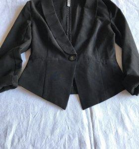 Легкий приталенный пиджак