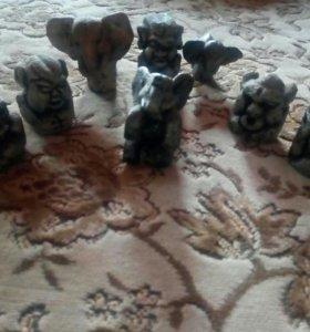 Фигурки из глины.