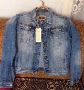 Куртка новая джинсовая