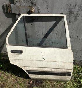 Corolla E80 дверь задняя правая