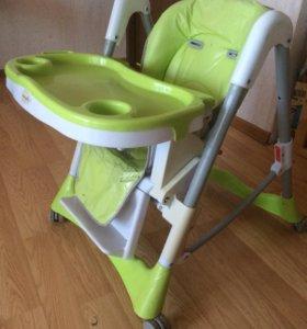 Детский стульчик для кормления Karmella