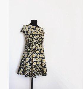 Фирменное платье свободного кроя