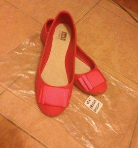 Обувь балетки новые