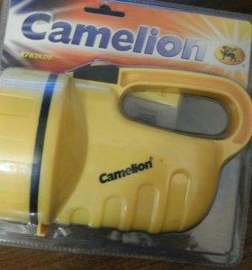 Фонарик на батарейках Camelion