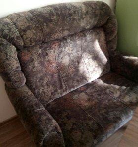 Продаю диван раскладушка.