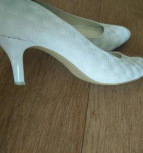 Туфли свадебные 9(38-39) рр
