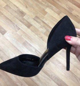 Туфли женские. Лодочки