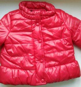 Новая курточка на 62 см.