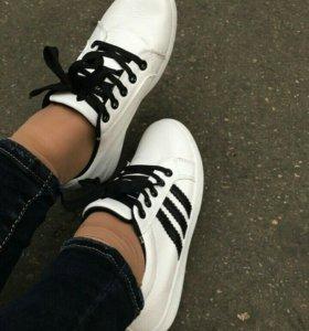 Кеды,кроссовки новые