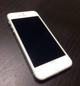 Apple iPhone 5 16Гб White
