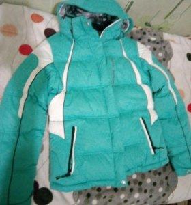 Женская пуховая куртка 46 размера