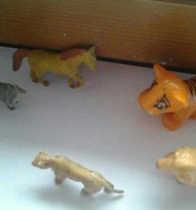 Игрушки/лошадь/лев/тигр/леопард/коза/литл пет шоп