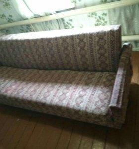 Продаю б/у диван
