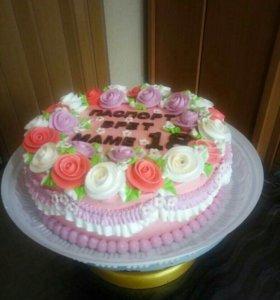 Вкусные и красивые тортики ,смотрите в профиле.