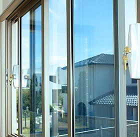 Окна. Двери. Пластиковые и алюминиевые. Фасадное остекление. Лоджии. Балконы. Алюминиевые системы.