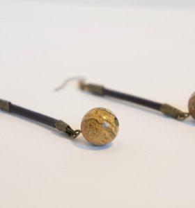Кожаный браслет и сережки с яшмой