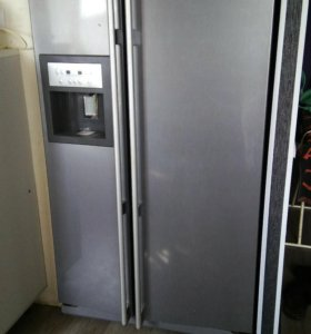 Холодильник Ariston Side by side
