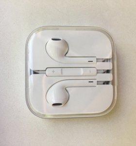 Наушники на iPhone