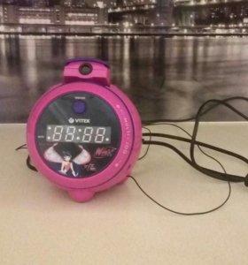 Часы-будильник Winx
