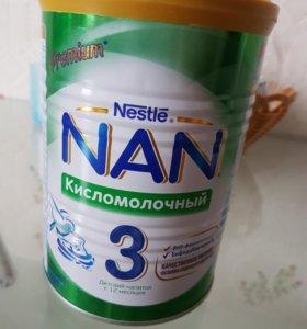 Молочная смесь NAN 3кисломолочный