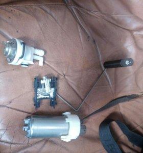 Топливный насос и датчик,вольво V50