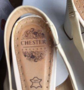 Босоножки Chester