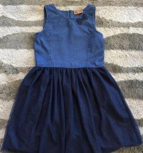 Платья для девочки( на рост 152)