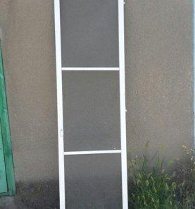 Москитная дверь на лоджию.