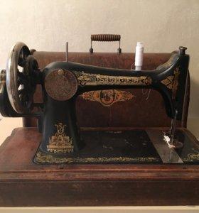 Швейная машинка Singer 3