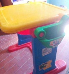 Стол детский раскладной и стул