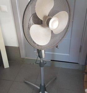 Вентилятор напольный Bork