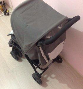 Детская коляска. Новая
