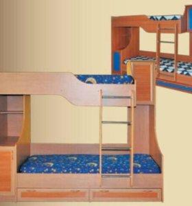Продам 2-х ярусную кровать. ОТС. Синяя. +2 матраса