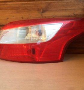 Задний фонарь форд фокус 3 седан