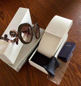 Новые очки Prada (Италия)