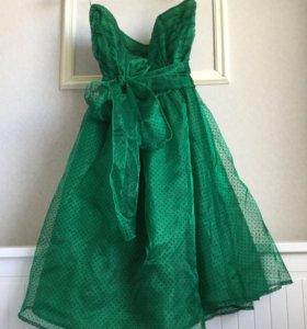 Платье из зеленого шифона в горошек HM 48 р