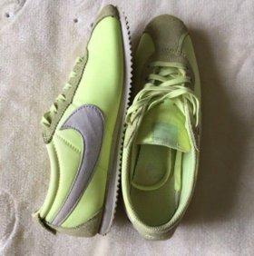 Nike Cortez👟