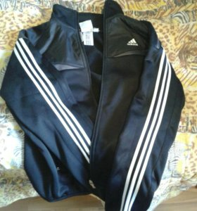 Ветровка, кофта adidas адидас на зиму под куртку