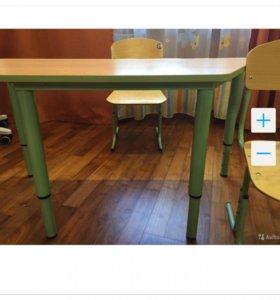 Продаётся детский комплект стол+2 стула