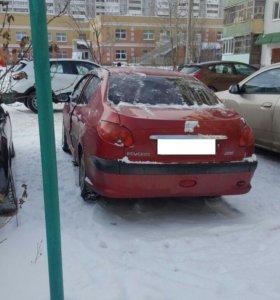 автомобиль Пежо