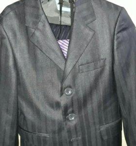 Школьный костюм 1 класс