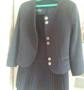 Школьная форма для девочки(сарафан и пиджак)