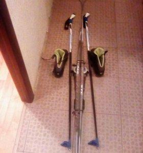 Лыжи с автоматическими креплениями