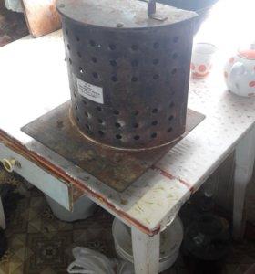 Электрическая мельница для размола зерна