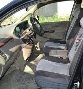 Машина Honda Odyssey