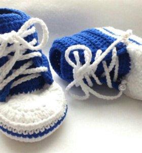 Новые вязаные пинетки-кроссовки (handmade)