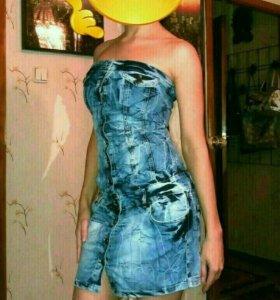 Джинсовое платье новое 44