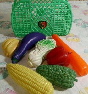 Продам детскую корзинку с овощами