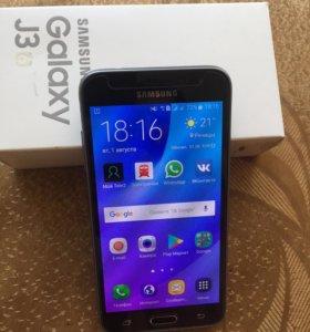 Самсунг j3 телефон новый.В комплекте есть зарядка.