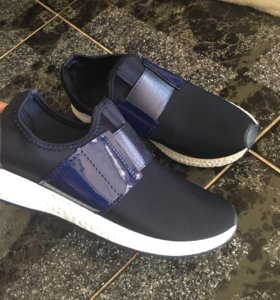 Кроссовки новые ( Nike ,adidas,Bebe )